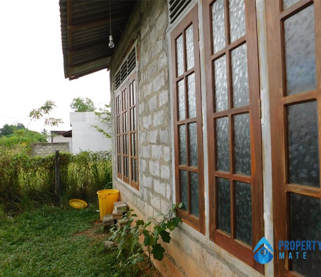 Half built new House for sale in Biyagama 3