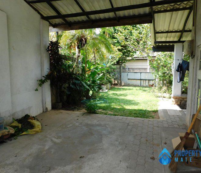 Upstairs for rent in Battaramulla Pelawatta 5