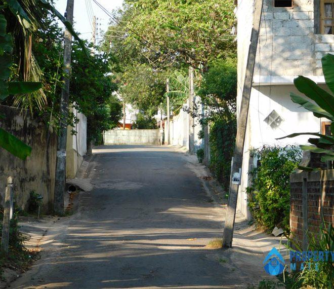 Square Land for sale in Kottawa 3