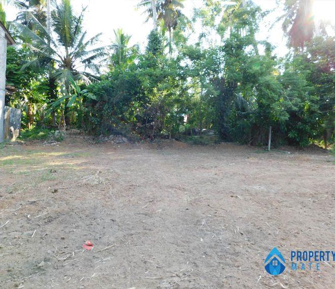Square Land for sale in Kottawa 4