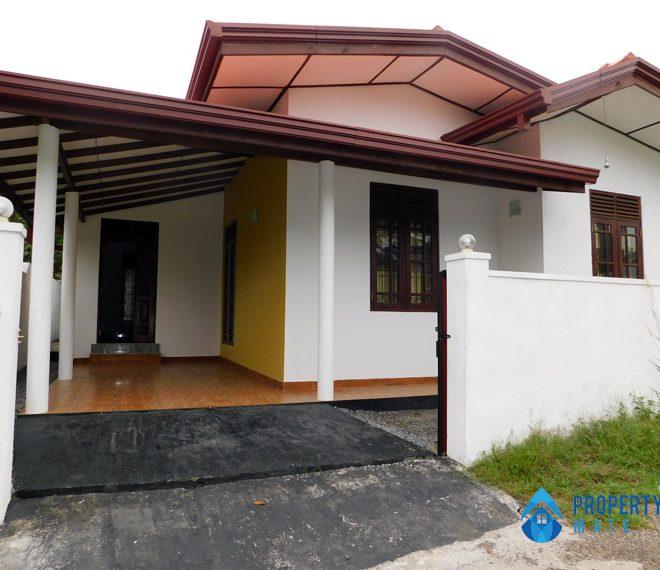 propertymate.lk_house_for_sale_athurugiriya_apr_28-01