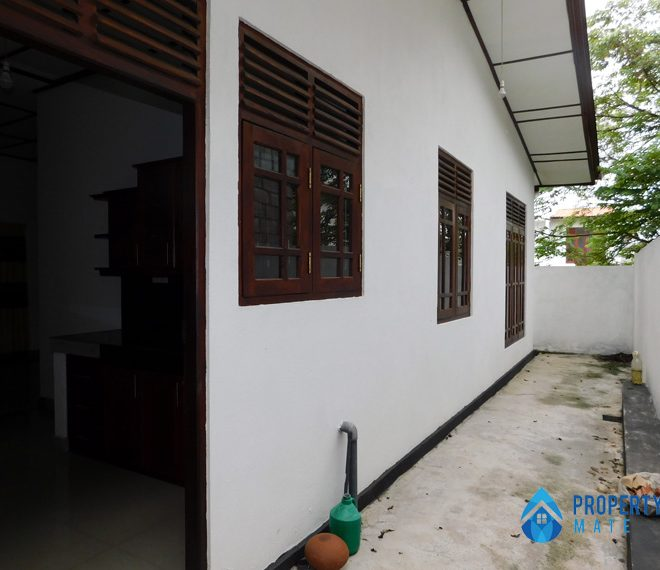 propertymate.lk_house_for_sale_athurugiriya_apr_28-02