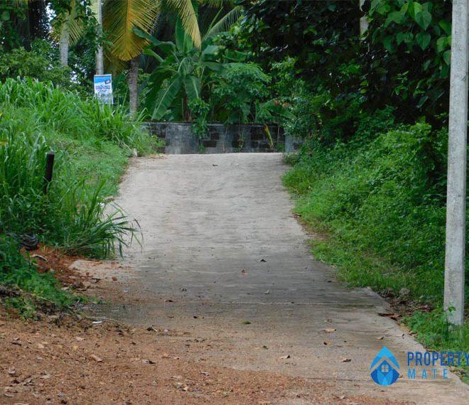 Land for sale in Hokandara 1