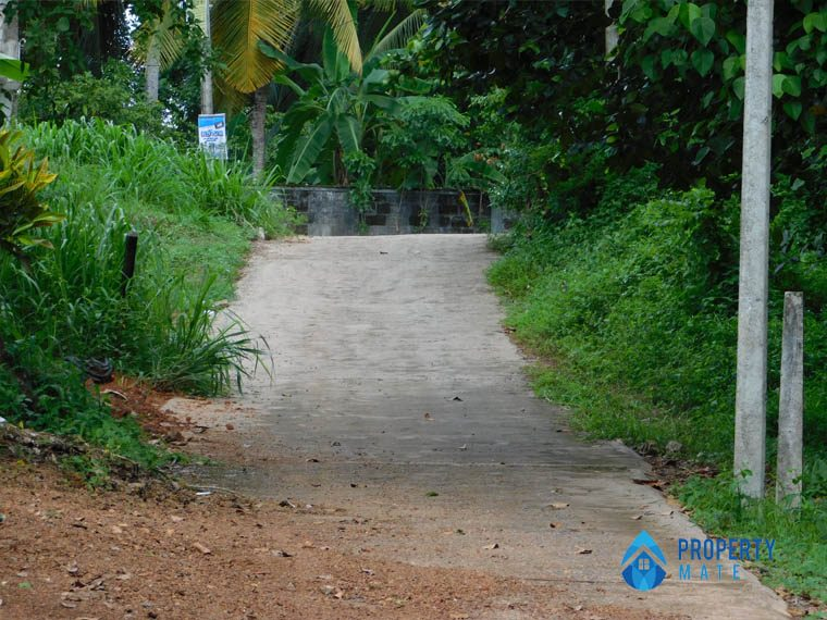 Land for sale in Hokandara 1