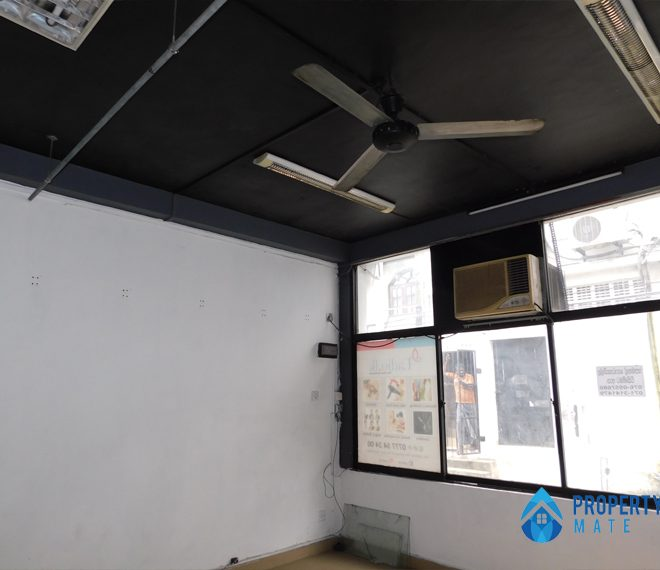 Commercial building for rent in Rajagiriya