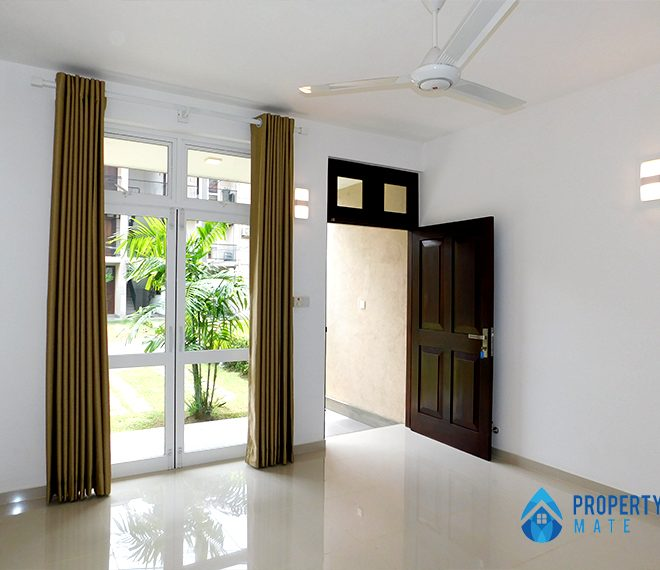 Apartment for rent in Thalawathugoda Fiebro by prime residencies 2