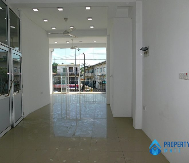 Commercial building for sale in Peliyagoda 3