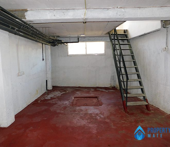 Commercial building for sale in Peliyagoda 4