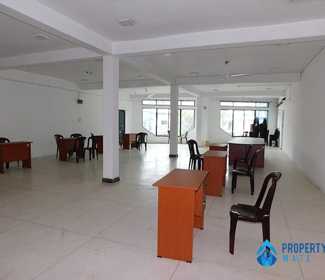 Commercial place for rent in Kadawatha facing main road 1