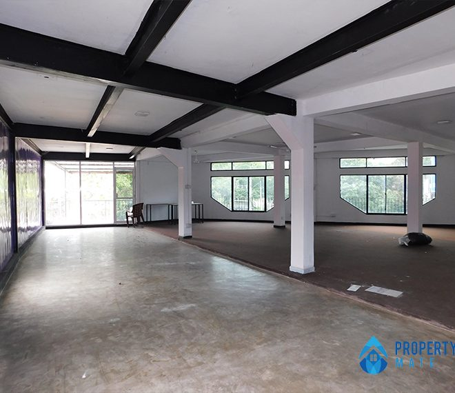 Commercial place for rent in Kadawatha facing main road 3