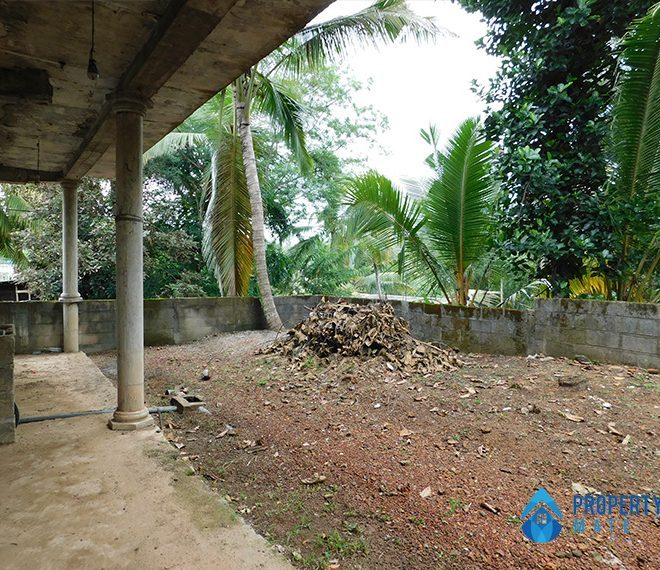 Half build two storey house for sale in Ragama 4