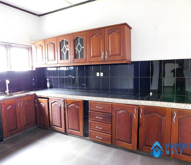 House for sale in Boralasgamuwa 3