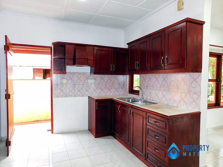 House for sale in Ja-Ela 4