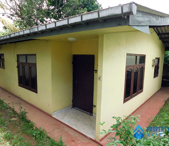 House for sale in Malabe Kahanthota 1
