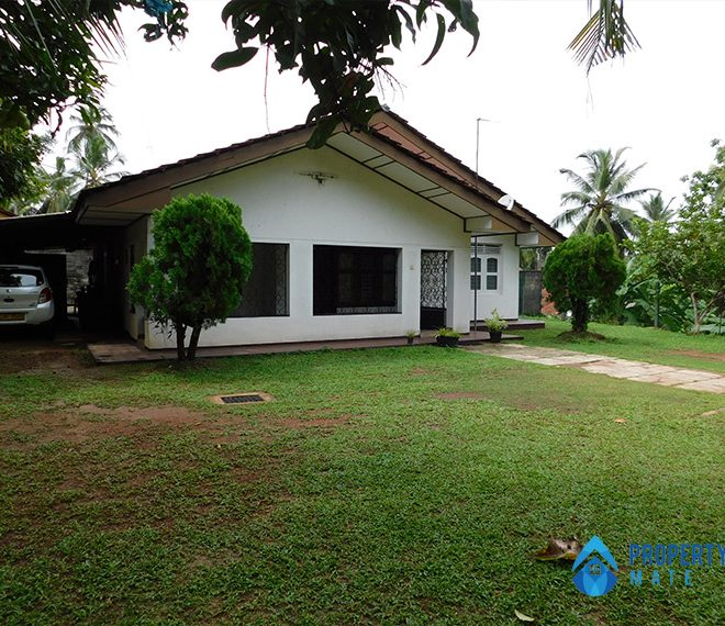 House for sale in Ragama with Annex 1