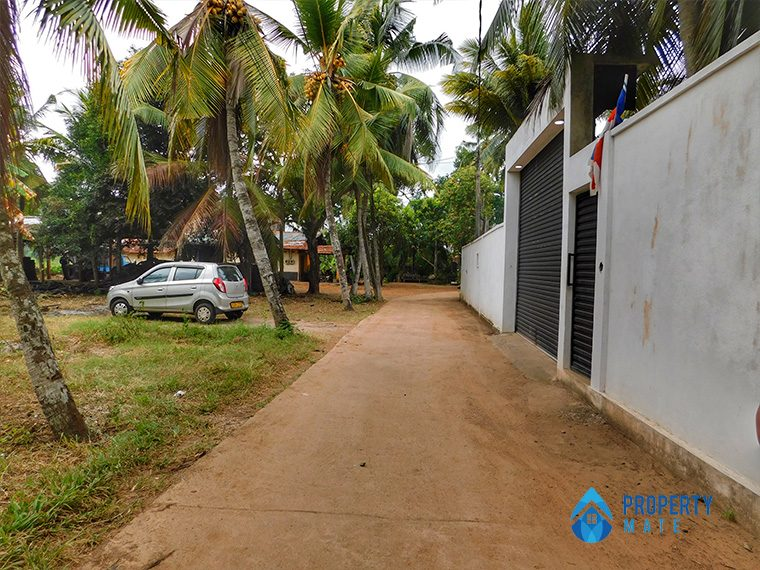 Land for sale in Mahara Kadawatha 3