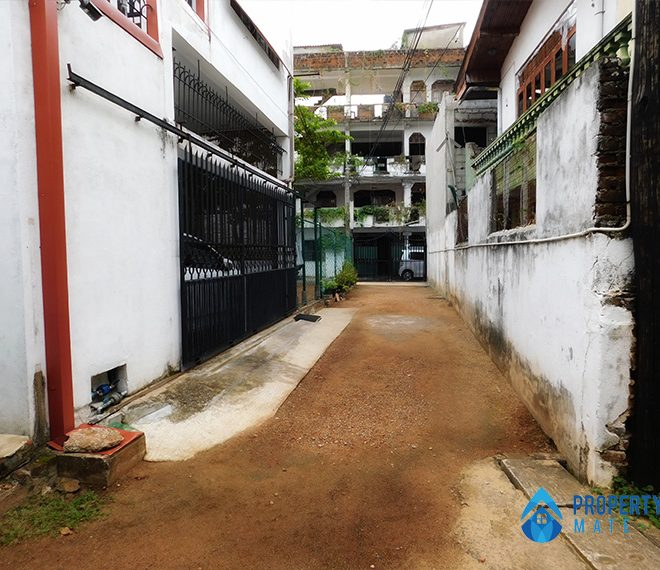 Land for sale in Mount Lavinia 3