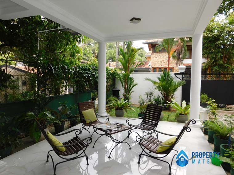Luxury Penthouse for rent in Kotte 01
