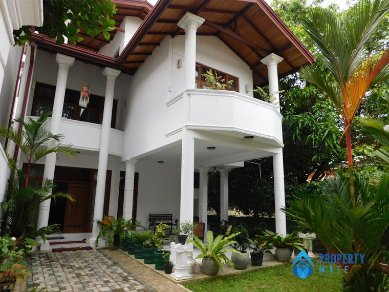 Luxury Penthouse for rent in Kotte