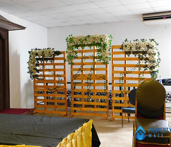 Reception hall for rent in Kadawatha facing main road 4