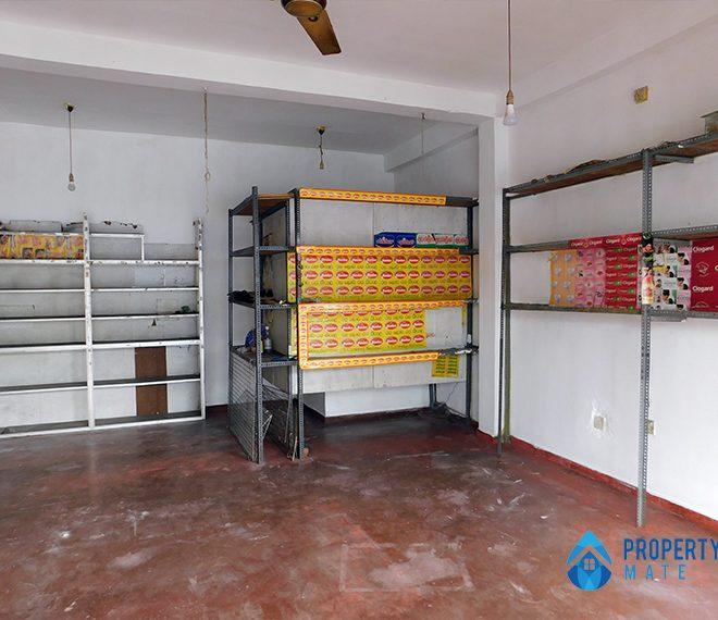 Shop for rent in Sri Jayewardenepura close to Hospital 1