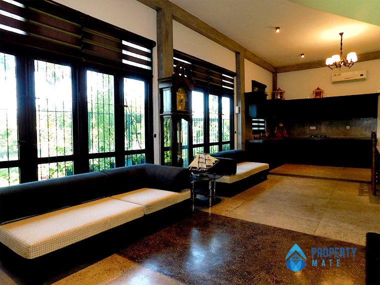 Three storey luxury modern house for sale in Pannipitiya 9