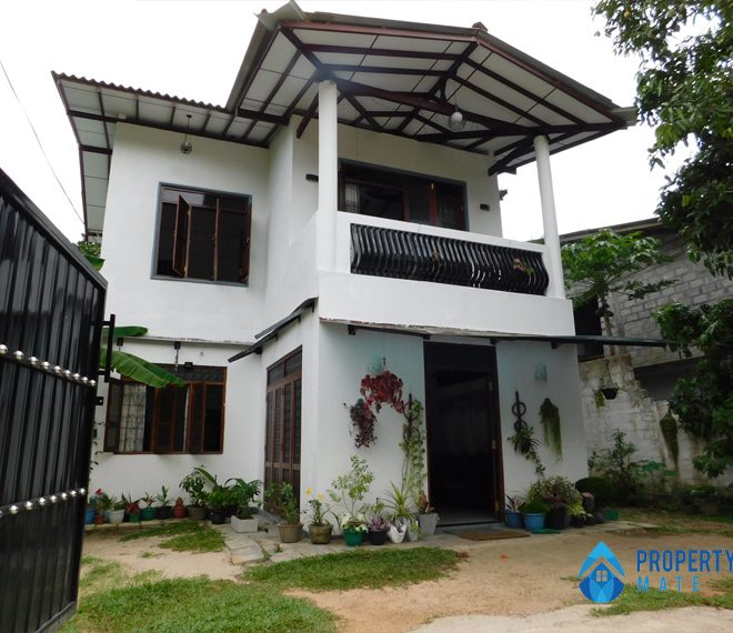Two storey Luxury house for sale in Bandaragama Raigama