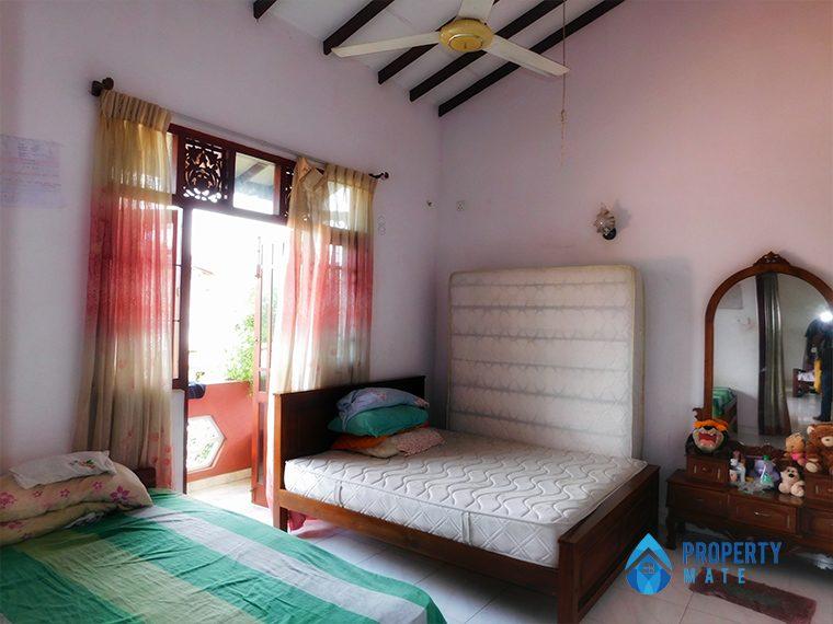 Two storey house for sale in Boralasgamuwa 4