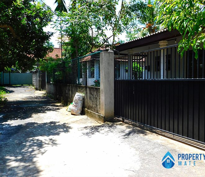 Two storey house for sale in Malabe town 2