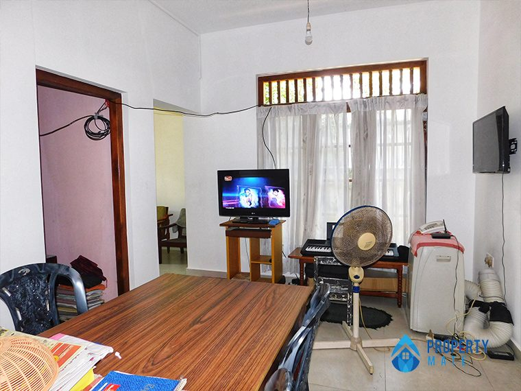 Two storey house for sale in Malabe town 6