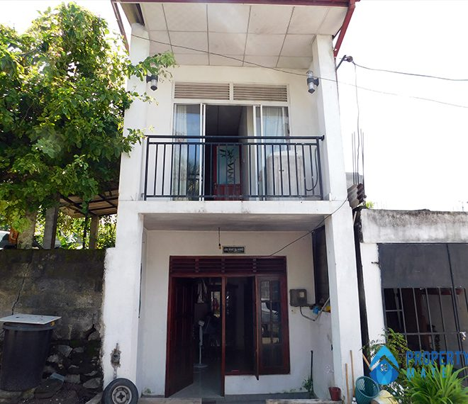 Two storey house for sale in Thalangama Koswattha