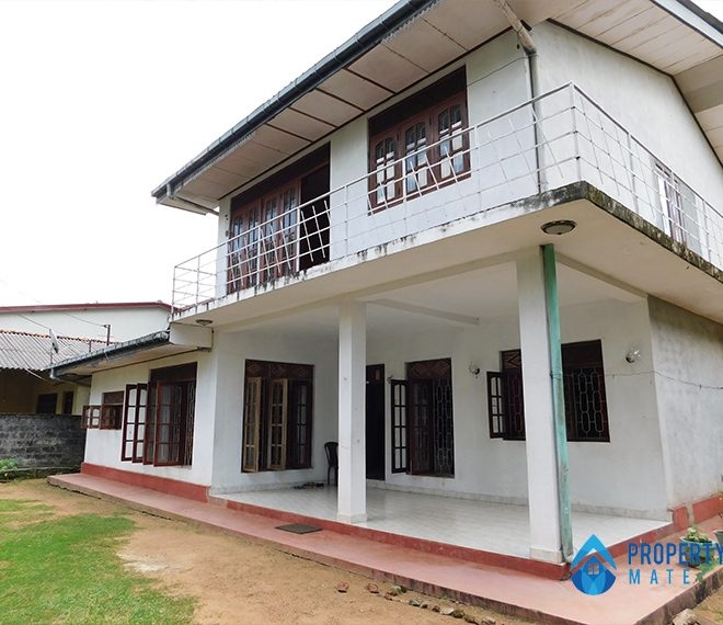 Upstairs for rent in Homagama 1