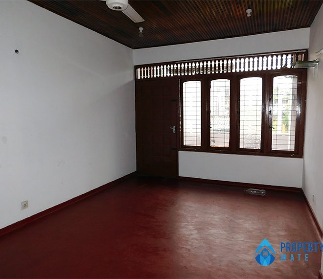 Upstairs house for Rent in Panadura 4